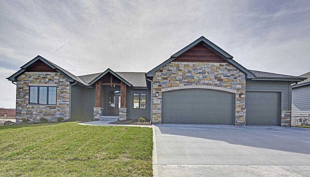 Model Home for Sale in Elkhorn NE